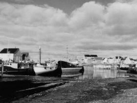 boats_at_wharf_1.jpg